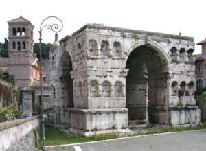 Arco di Giano al Foro Boario
